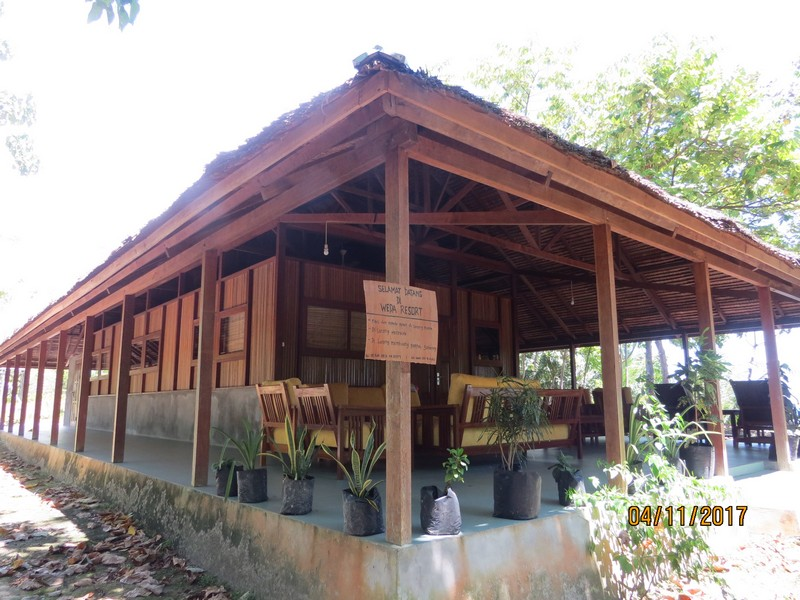 longhouse_side_2_weda_resort